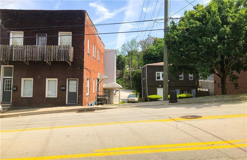 450 W Chestnut Street